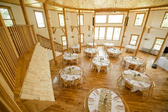 Sleepy Hollow Inn: The inside of the Wedding Barn