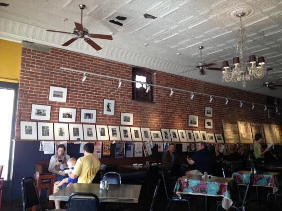 Bluegrass Kitchen: Interior