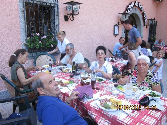 Фьяве, Италия: pranzo da Lucio al passo Ballino TR