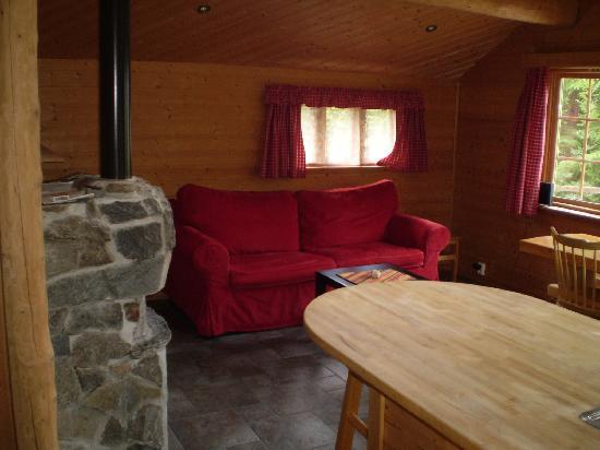 Brekke Cabins: the wooden cabin