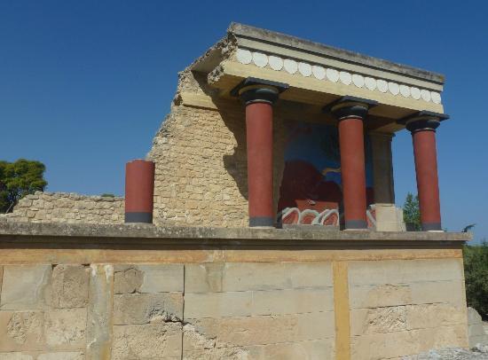 El palacio de Cnosos: North Entrance with Bull Fresco