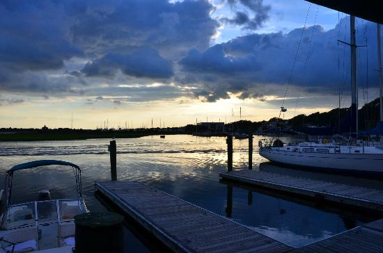 Fishy Fishy Cafe: A view of the Southport harbor.