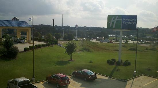 Holiday Inn Express Clanton: View towards highway and Peach Park