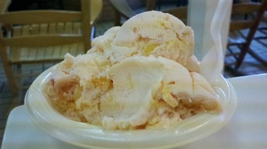 Holiday Inn Express Clanton: Peach Homemade Ice Cream at nearby Peach park.