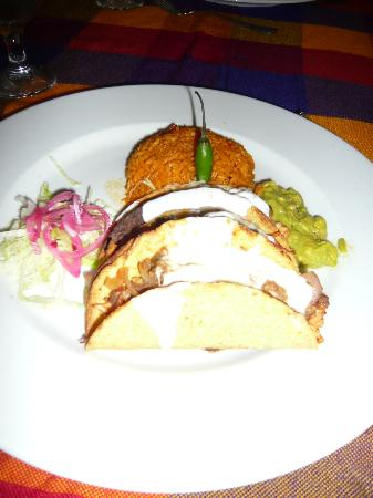 Be Live Collection Marien: mexican a la carte: tacos entree