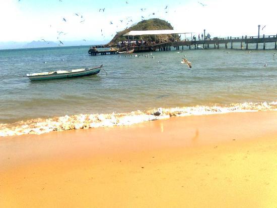 Nomad Buzios Seashore Hostel: Pier da Praia do Canto 