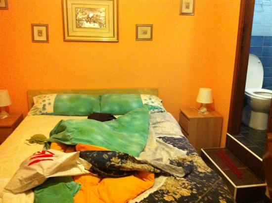 Affittacamere Andronaco: room with en suite