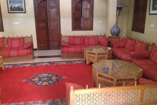 Riad Amssaffah: Seating area