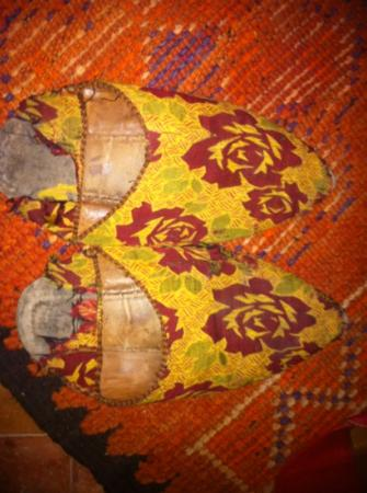 Ksar Jenna: the slippers offered for use...ru serious??