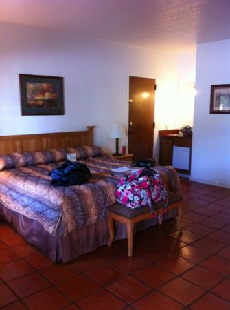Y O Ranch Hotel & Conference Center: upgraded to executive suite!