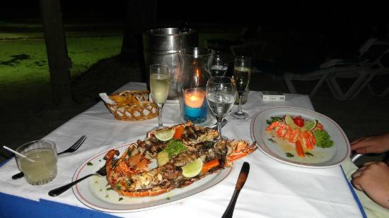 Barcelo Dominican Beach: excelente la cena romantica