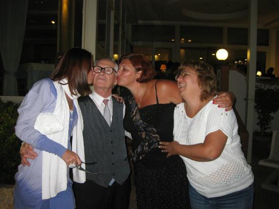 Hotel Olimpico: Ladies cannot resist Mr. Peppino
