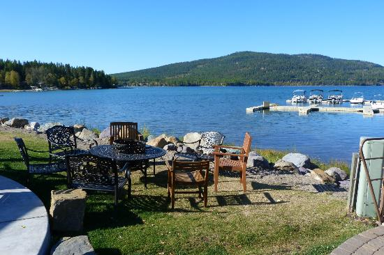 Lodge at Whitefish Lake: Whitefish Lake Poolside