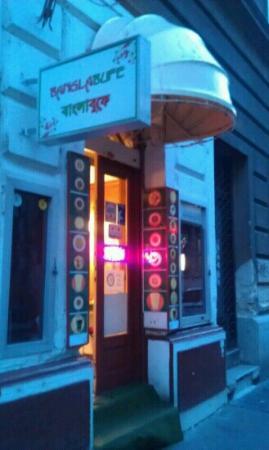 Photo of Indian Restaurant Bangla Bufe at Akacfa Utca 40, Budapest 1072, Hungary