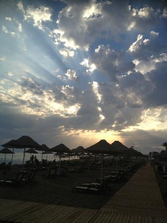 Titanic Beach Lara Hotel: beach
