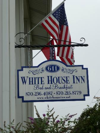 White House Inn Bed and Breakfast: White House Inn B & B