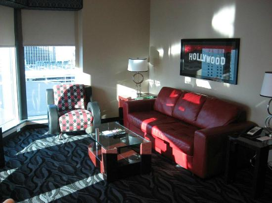 Amazing Elara by Hilton Grand Vacations Junior Suite Living Room Simple Elegant - Cool Elara Las Vegas 2 Bedroom Suite Style