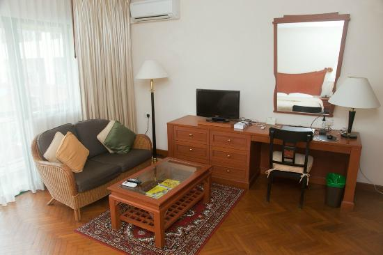 MiCasa Hotel Apartments: Sitting Area