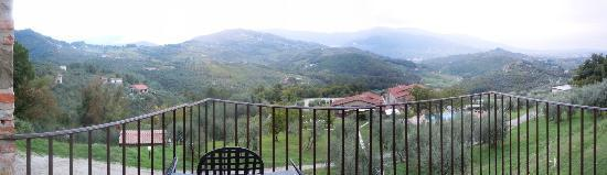Hotel Villa Volpi: View from bedroom