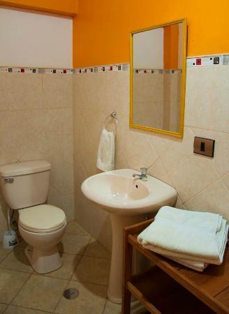 Hospedaje Chaska Pisac: Bathroom