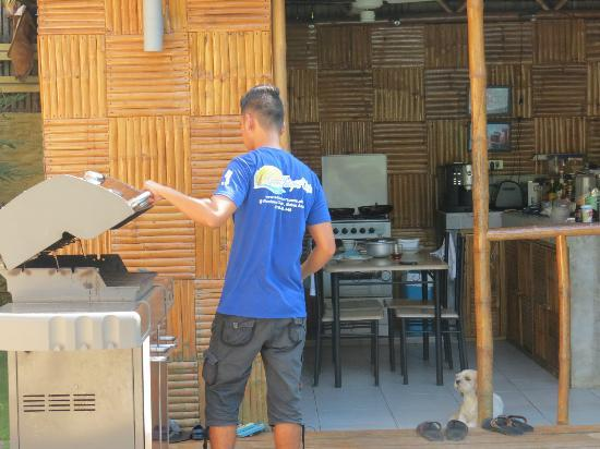 Samal Island Huts: Outdoor Kitchen