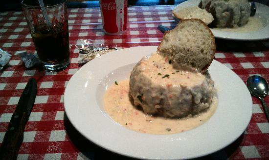 Old Port Lobster Shack : White Chowder in Sourdough Bread Bowl - YUM!