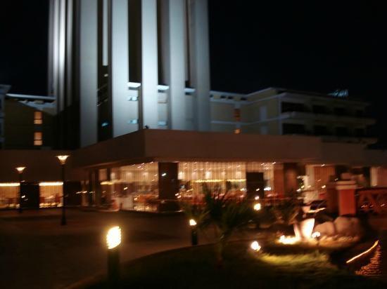 Movenpick Resort Aswan: !!