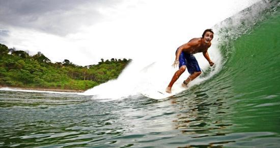 Surf Ranch Hotel & Resort : Surfing through the Surf Ranch