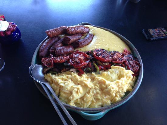 Christopher Joyce Vineyard and Inn: Breakfast: chorizo, polenta, roasted tomatoes, scrambled eggs.