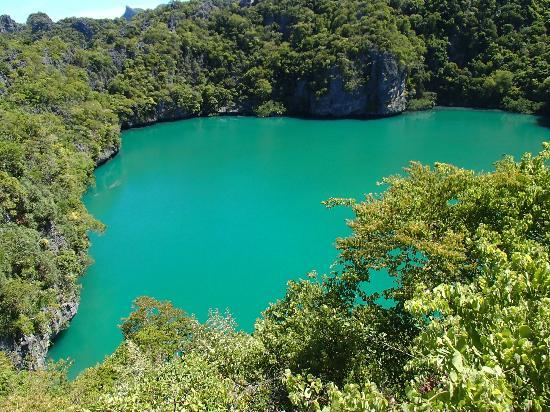 Boutique Yachting - Day Cruises & Private Charters : Emerald Green Lake