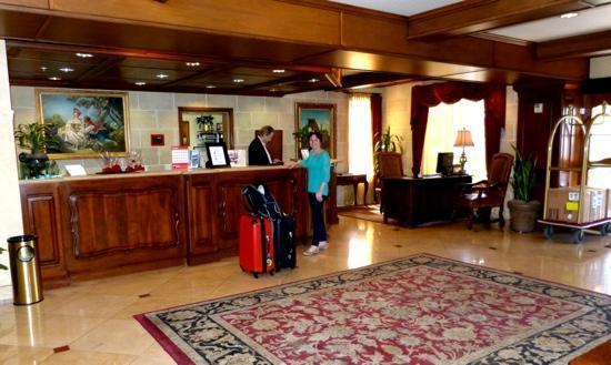 Ayres Hotel Anaheim: Receprion Area Ayres 