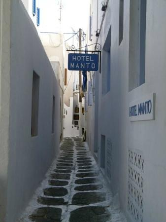 Пляж Парадайс: The narrow lanes that lead to more pleasant surprises!
