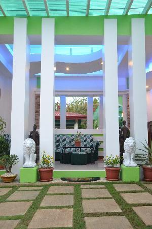 DZR Guest House : Entrance