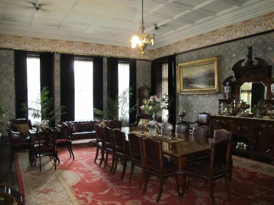 Melrose House: dining room