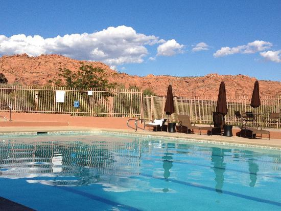 Sagestone Spa at Red Mountain : View from the pool. Pretty darn nice!