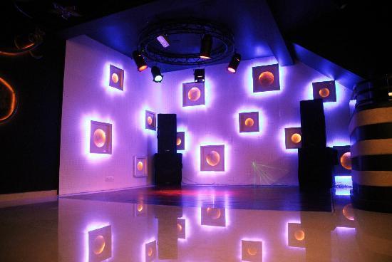 Dance Floor Aura Picture Of Spicy Kitchen Restaurant
