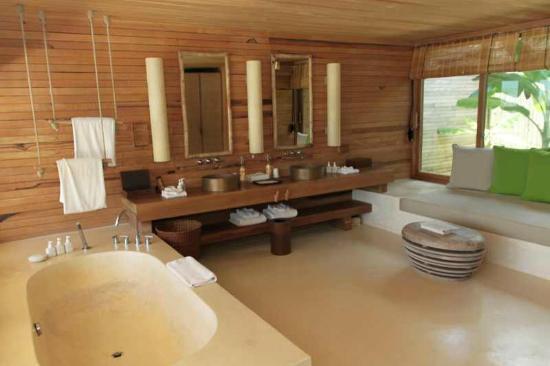 Six Senses Con Dao: Bathroom