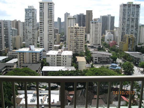 Ohana Waikiki West: City View Room