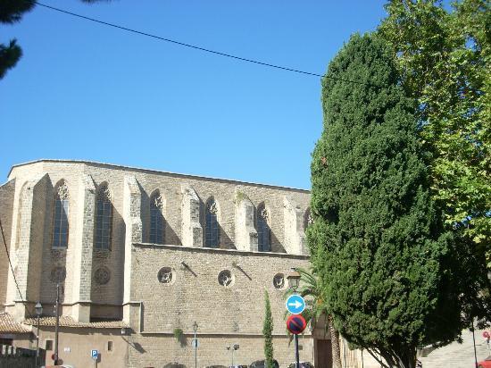 Reial Monestir de Santa Maria de Pedralbes : extérieur