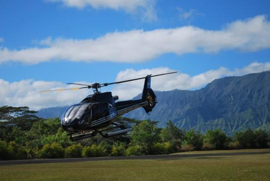 Sunshine Helicopters Princeville: Take off