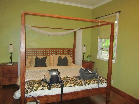 Ka'awa Loa Plantation: The suite