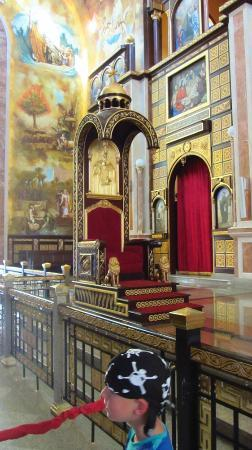 The Heavenly Cathedral : Throne