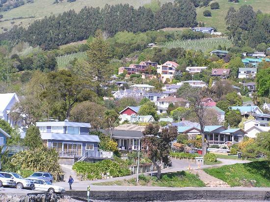 Akaroa House is located in the charming town of Akaroa