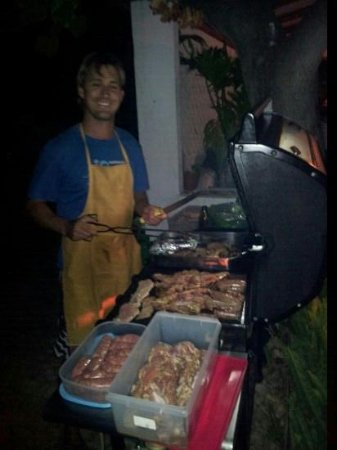 Casa Offshore: seb the bbq king!