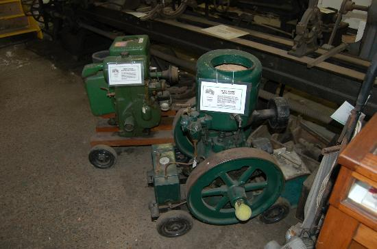 Pewsey Heritage Centre: Small pumping engines