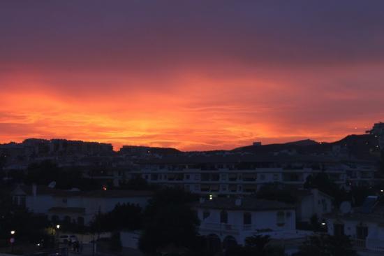 VIK Gran Hotel Costa del Sol: Avondrood uitzicht vanuit het hotel