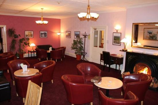 The Dining Room at Royal Sportsman Hotel: Lounge