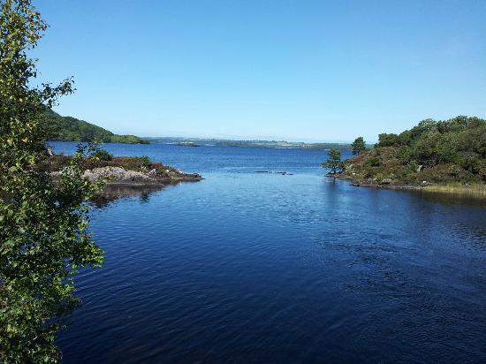 Larkinley Lodge: View of Muckross Lake