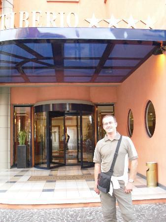 Grand Hotel Tiberio: ENTRADA PRINCIPAL