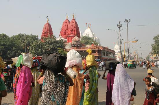 Digambar Jain Temple, New Delhi - TripAdvisor